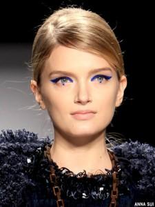 fall-2012-makeup-trends-cobalt-eyes-anna-sui