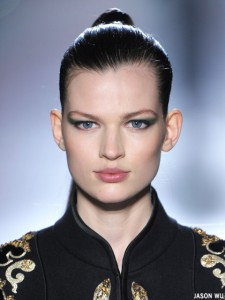 fall-2012-makeup-trends-green-eye-shadow-jason-wu