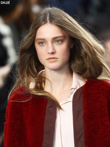 fall-2012-makeup-trends-perfect-skin-chloe