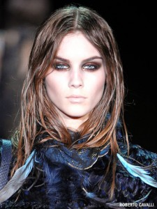 roberto-cavalli-metallic-smoky-eyes